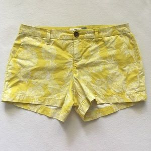 Old Navy Lime Green Yellow Pineapple Print Short2